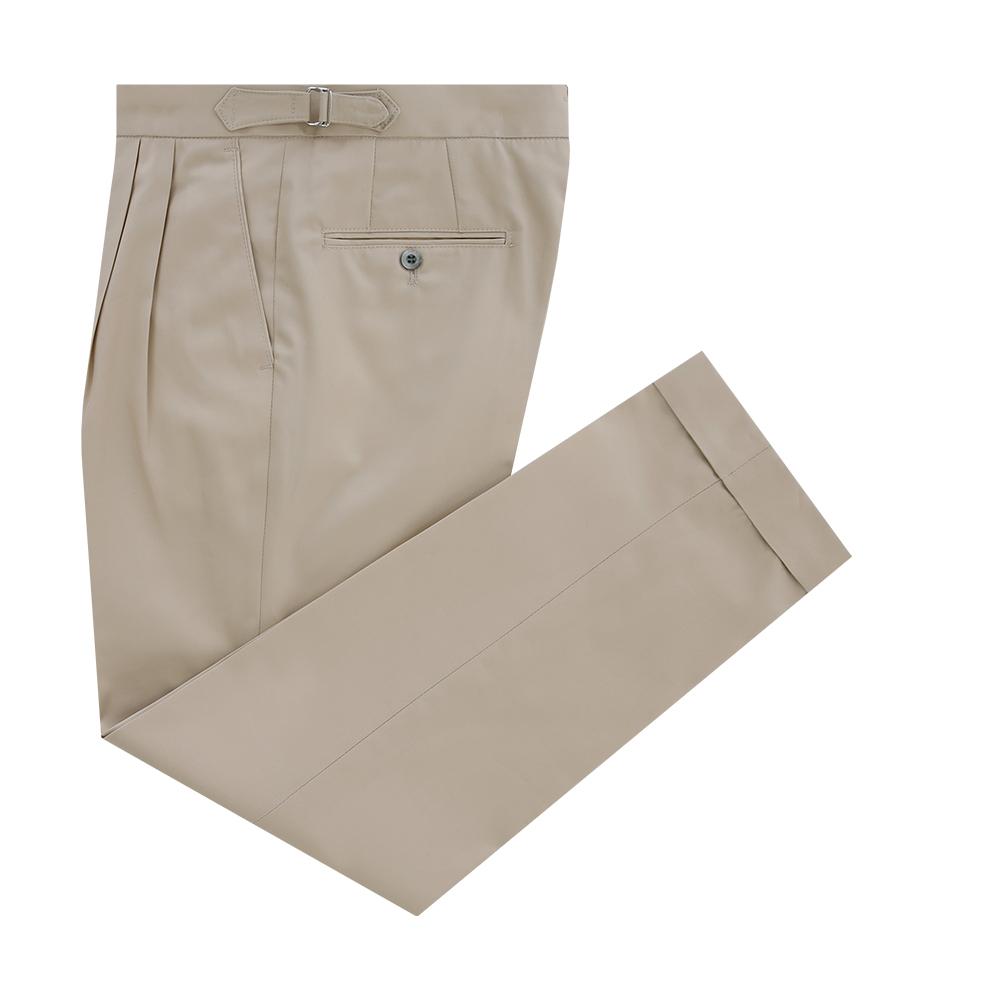 Essential Gaberdine cotton two tuck adjust chino (Beige)