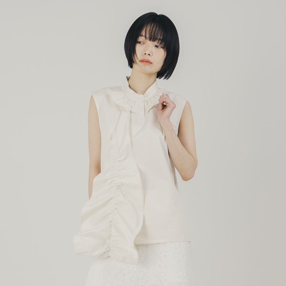Cocoon Frill Sleeveless Blouses_Ivory