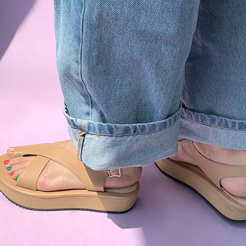 X strap line platform sandal _ camel