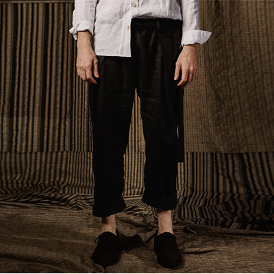 Black Full banding Pleats pants