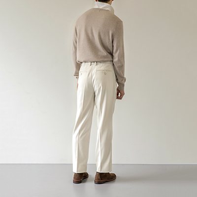 [단독 20%세일] One Pleat Tapered Trousers - Ivory (Hidden banding)