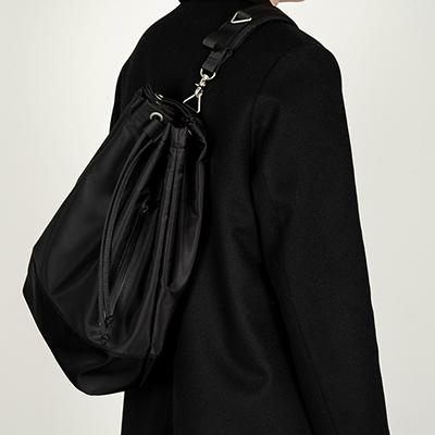 [1월 25일 예약배송] 2WAY WATERLOO BLACK NYLON DUFFLE BAG