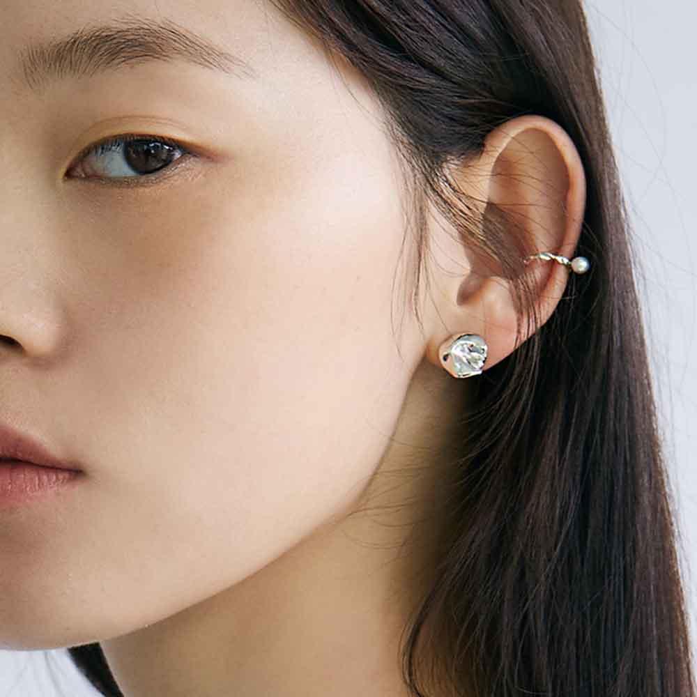 [제작3일소요] Off White Simple Pearl Earcuffs
