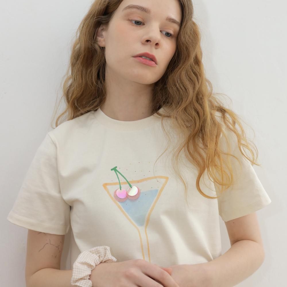 [오마이걸 아린 착용] cherry Cocktail T-shirt