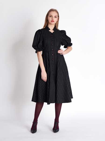 [프릭스] Romantic Frill Neckline & Bell-Shape Sleeve Linen Shirt-Dress_BLACK STRIPE
