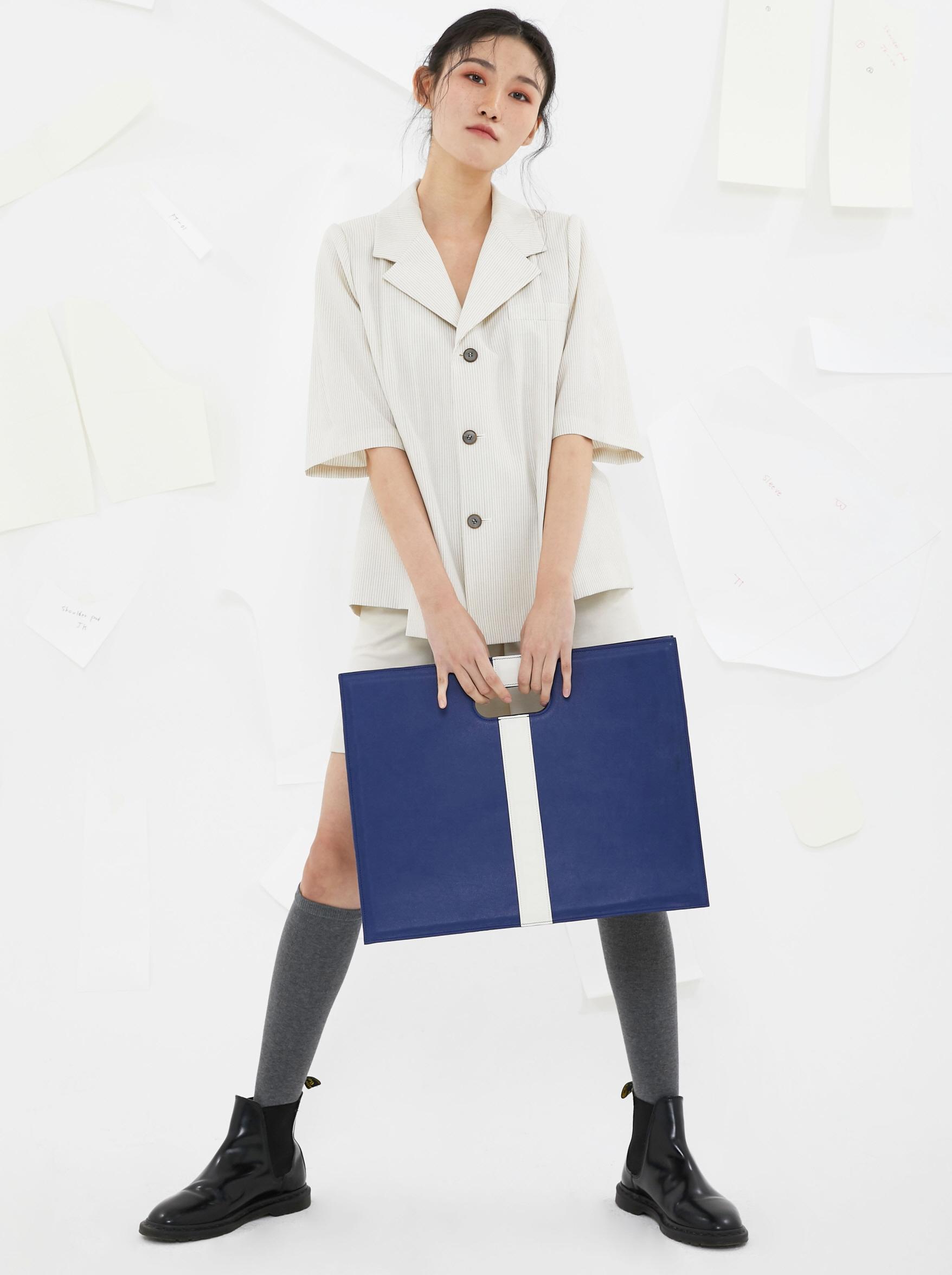 음혁진 착용 [숄더패드] (20SS) Handmade shoulderpad Leather Bag