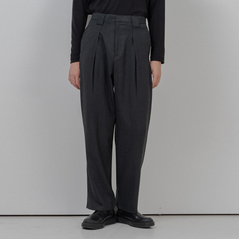 BF wide belt loop slacks gray