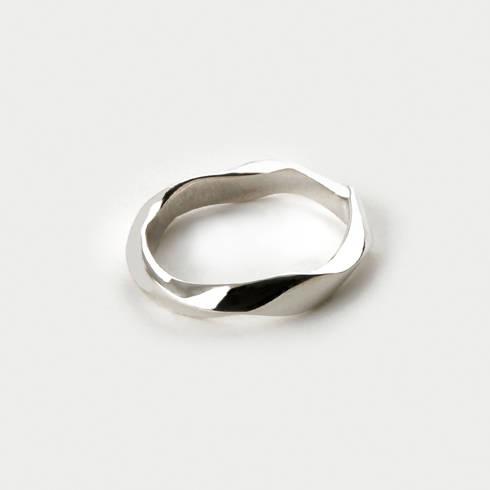 SVR-#S605 Twisted Ring (Silver 925)