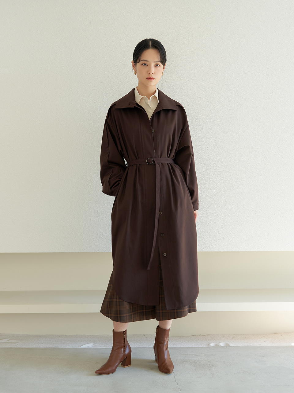 loose-fit belted trench dress_D.Brown