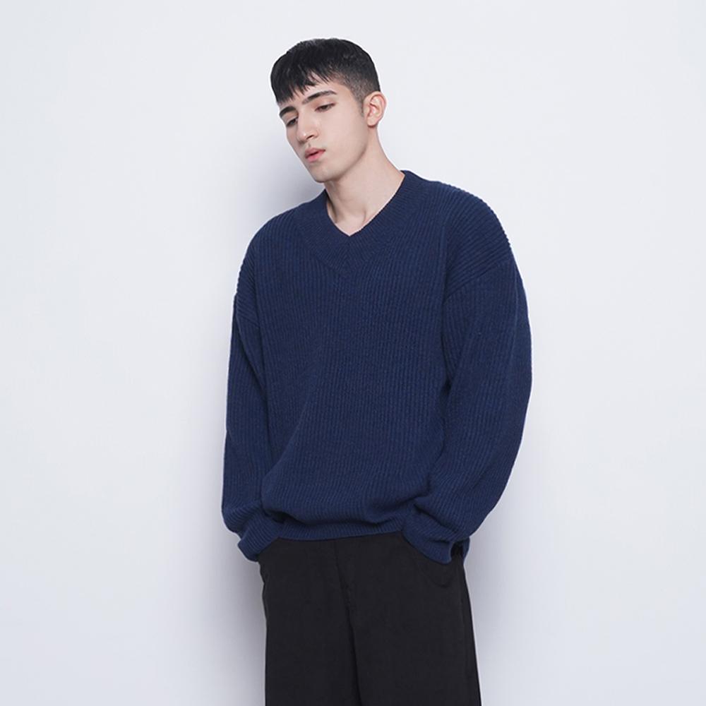 M21 ramswool50% v neck knit navy