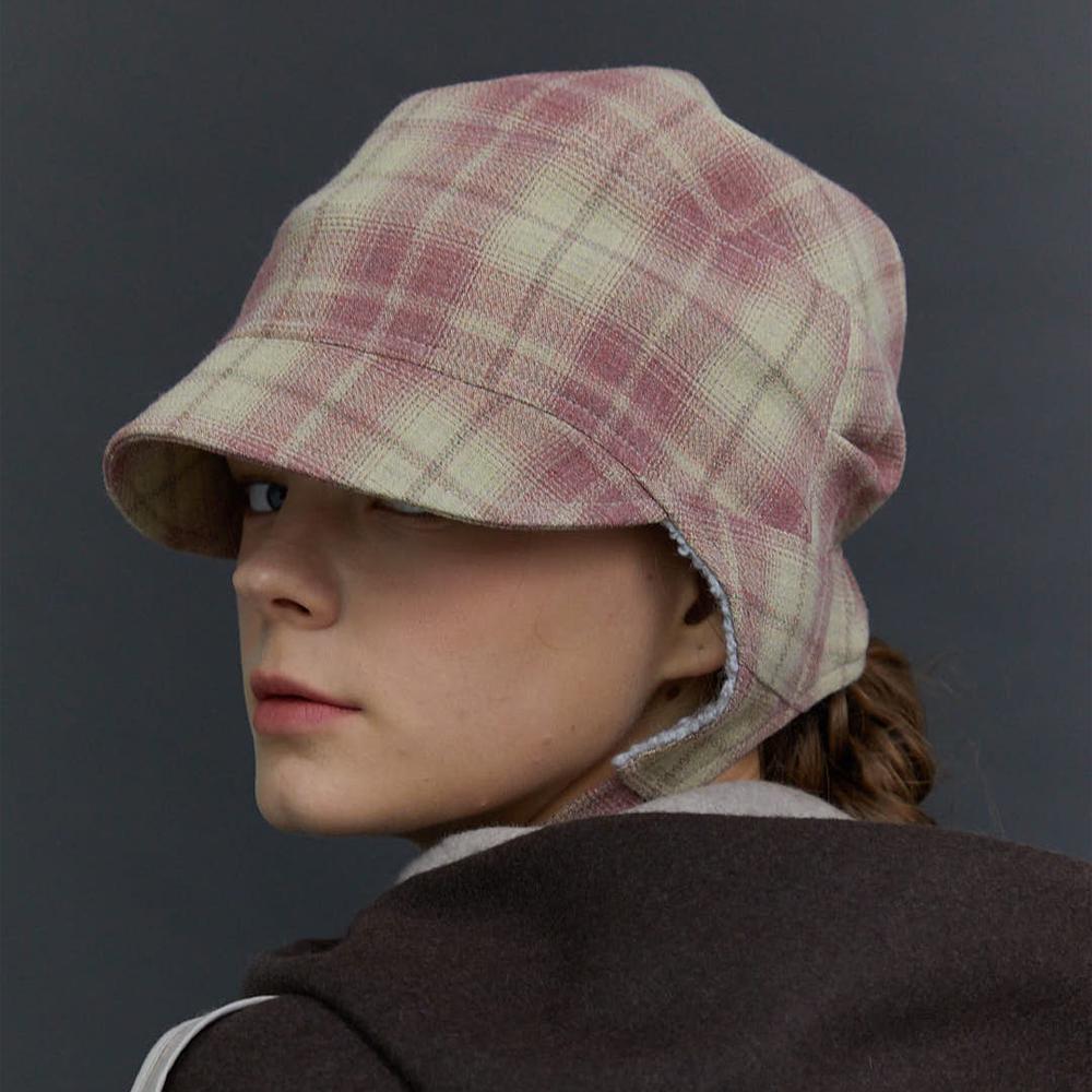 Pilot hat 01