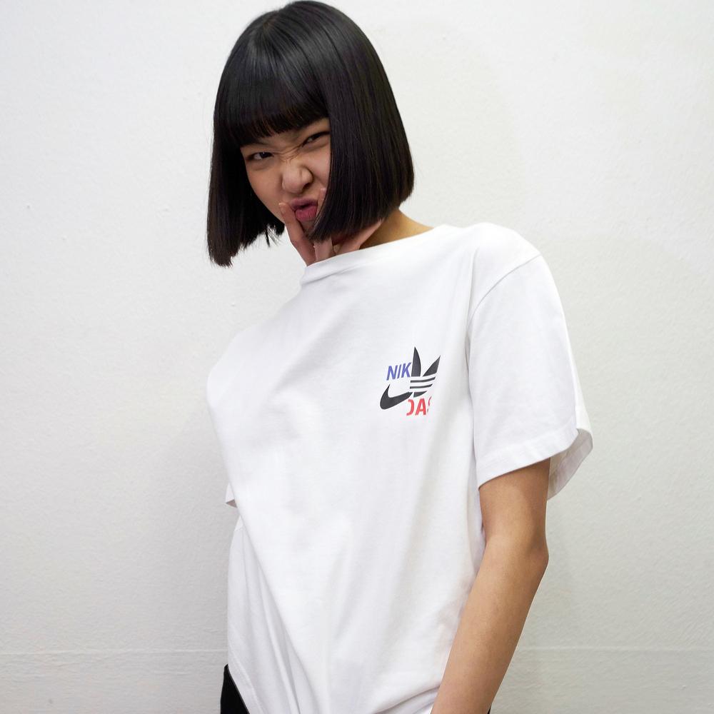 Logo Parody GENDERLESS T-Shirt