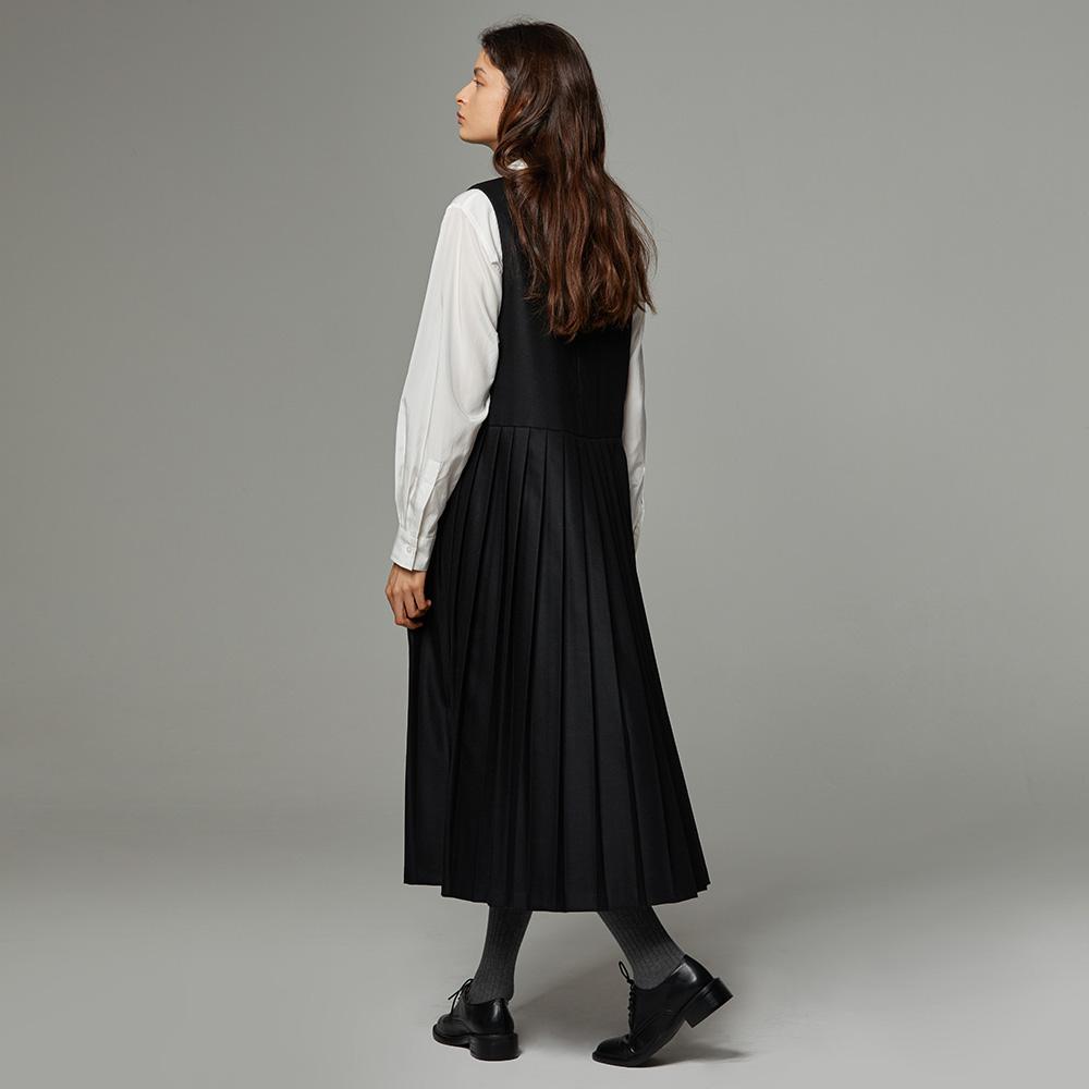 Wool pleats onepiece black